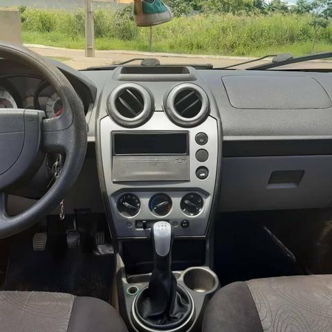 "Fieata sedan completo ""em ótimo estado"" - Foto 4"