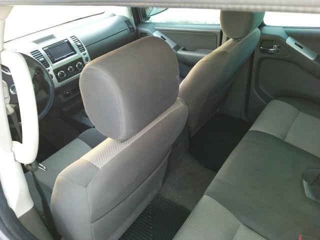 Nissan FRONTIER SV 4X4 linda! - Foto 10