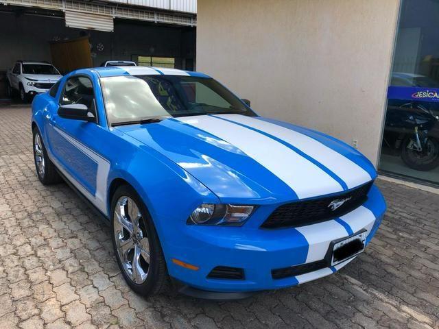 Ford Mustang V6 impecável, baixa km - Foto 2