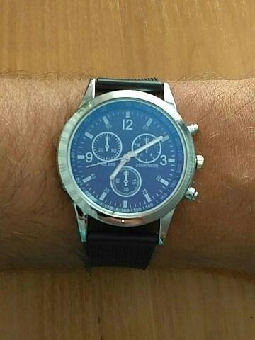 Relógio básico casual analógico de quartzo Aço Inoxidável para usar no dia a dia - Foto 3