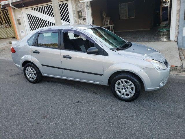 Fiesta 1.0 Sedan 2010 Valor R$ 17.900,00 - Foto 4