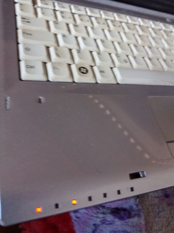 Notebook acende+ não liga sem HD e memória 100reais *  - Foto 3