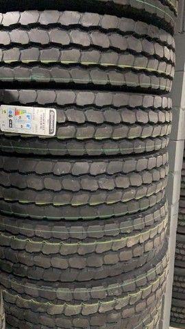 pneus novos rodas caminhão 275 295