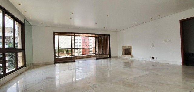 ** Lindo apartamento de 197 m² no Belvedere **