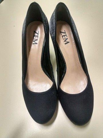 Estou vendendo esses sapatos numeração 33/34 e 34/35 - Foto 5