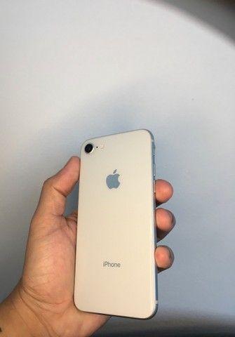 iPhone 8 de 64gb - até 12x sem juros