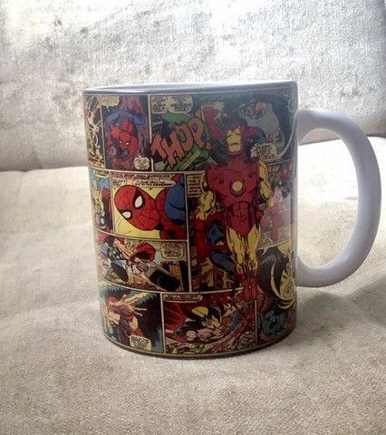 Caneca Marvel quadrinhos porcelana 325ml - Foto 2