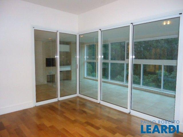 Apartamento para alugar com 4 dormitórios em Panamby, São paulo cod:440123