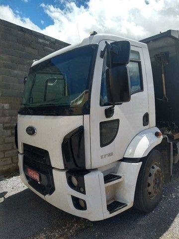 Caminhão caçamba basculante Ford cargo 1719 - Foto 2