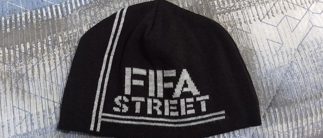 Touca FIFA Street® Exclusiva Zerada