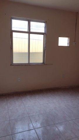 Casa com 3 quartos, 2 salas, copa, cozinha, banheiro, 2 varandas e 1 garagem. - Foto 4