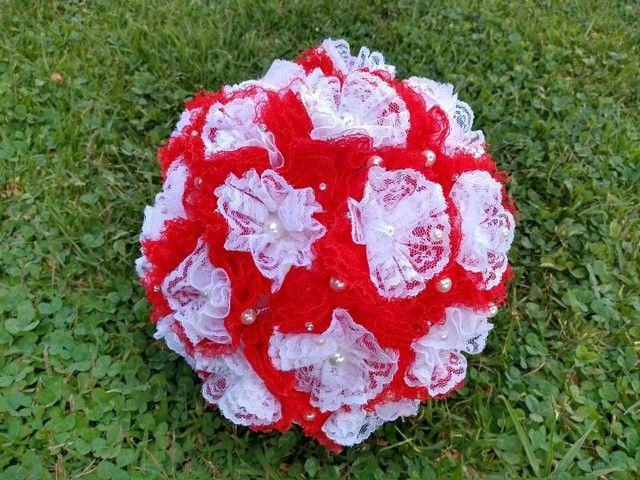 Buquê de Noiva Artesanal Vermelho e Branco - Foto 4