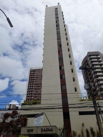 Apartamento com 3 dormitórios à venda, 94 m² por R$ 650.000,00 - Aflitos - Recife/PE