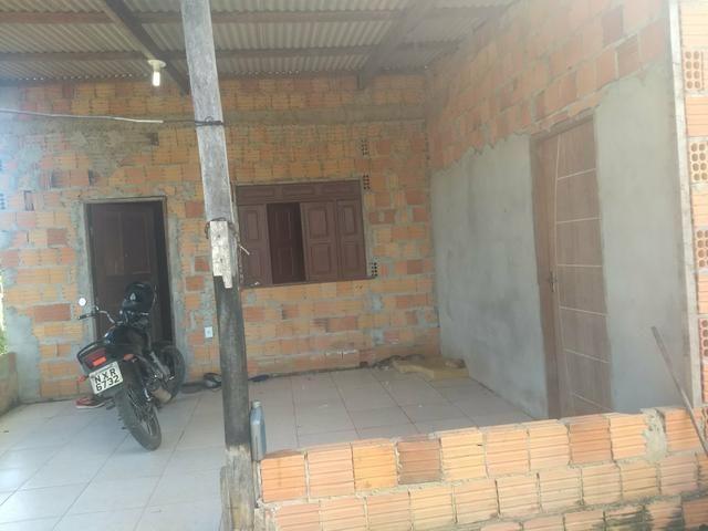 Vendo uma casa no vila acre 45,000 preço negociável