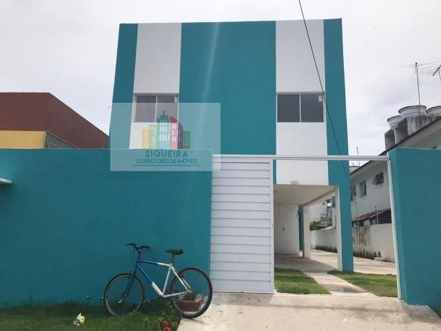 Siqueira Vende: Prédio Pilotis com 5 unidades, 2 quartos (1 suíte), garagem