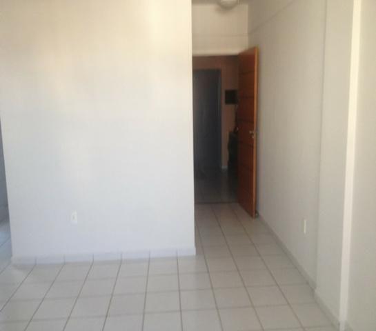 Aluga-se Residencial Maria Emilia do Rosario - Foto 12
