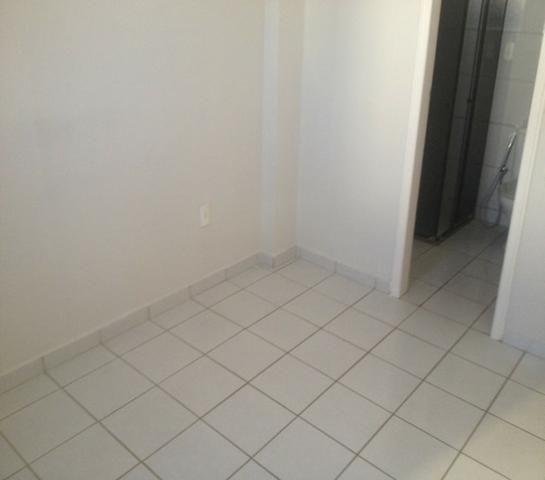 Aluga-se Residencial Maria Emilia do Rosario - Foto 9