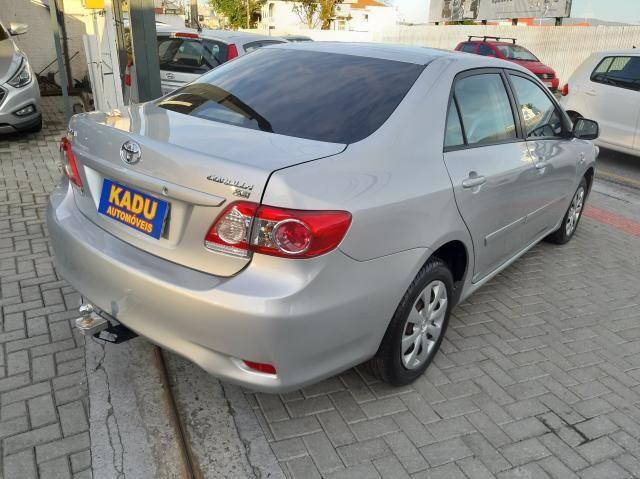 TOYOTA COROLLA 2012/2013 1.8 XLI 16V FLEX 4P AUTOMÁTICO - Foto 3