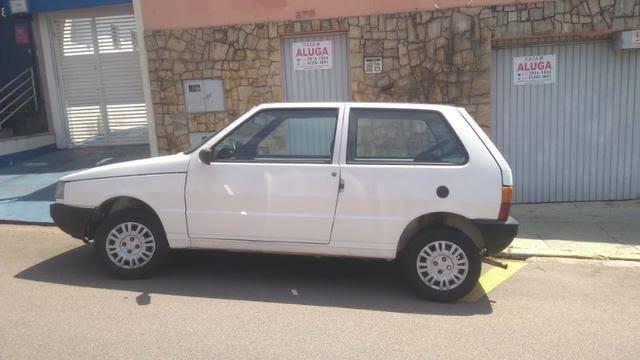 Vende-se um uno 2007