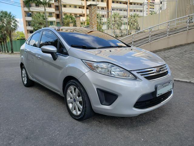 New Fiesta sedan se ano 2012/2012 completo