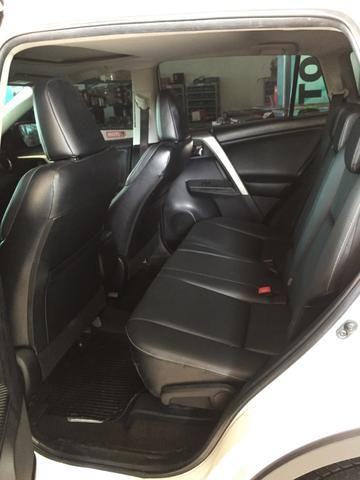 Toyota RAV4 2.5 4x4 à Gasolina - Foto 4