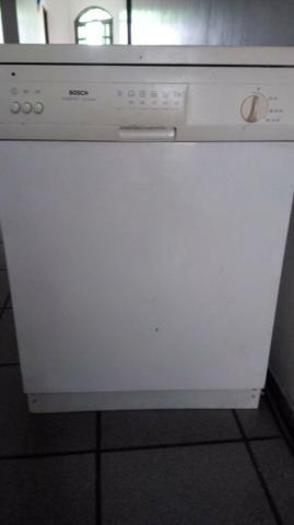 Máquina Lavar Louça Bosh grande e Econômica