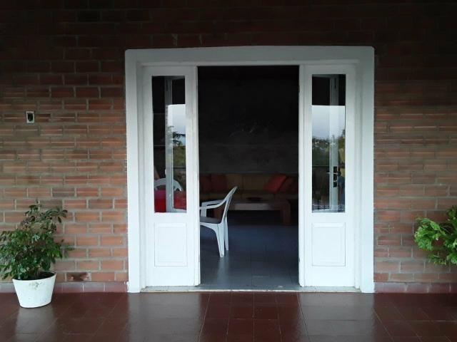 Chácara em Gravatá com 9 hectares, casa sede, 6 suítes, piscina com apoio, vista da BR-232 - Foto 19