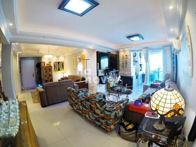 Apartamento 3 Dormitórios, Elevador e 2 Vagas no Bairro Medianeira