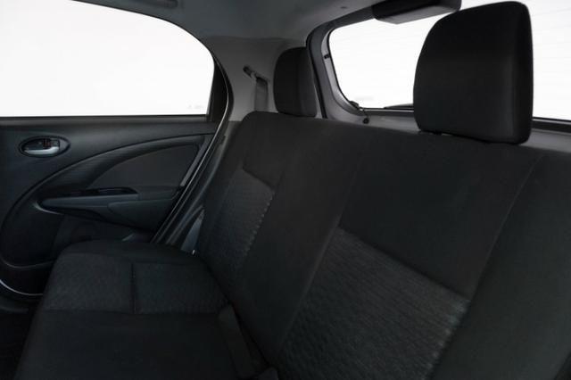 Toyota Etios XLS 1.5 Prata 2014 Completo - Foto 6