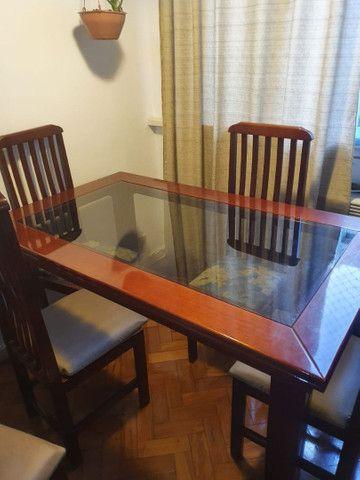Mesa de jantar em madeira! - Foto 3