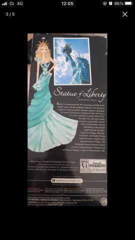 Barbie estátua da liberdade (importada) - Foto 2
