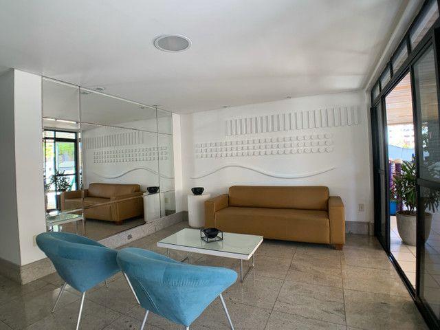 Amplo e ótimo 3 quartos na Ponta Verde ! - Foto 11