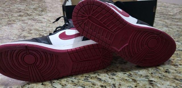 Tênis Nike Air Jordan 1 MID - Foto 2