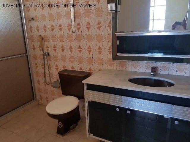 Vendo uma casa ampla em Itapuã, 7/4, suítes, comercial ou residencial R$ 850,0000! - Foto 15