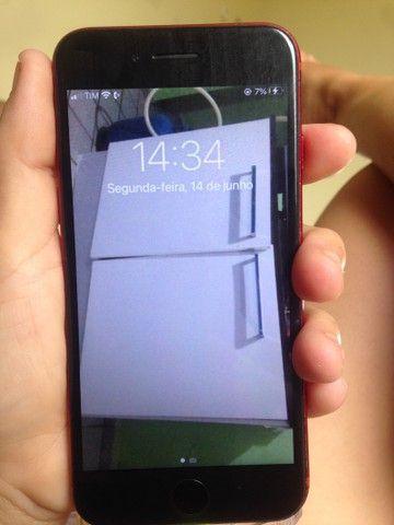 iPhone 8 64 g  vender ou troca  - Foto 2