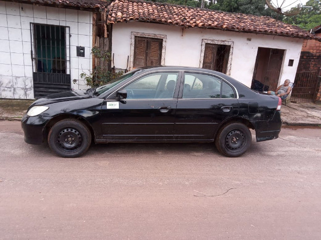 Honda Civic  05/06 -11.000 - ipva 2021