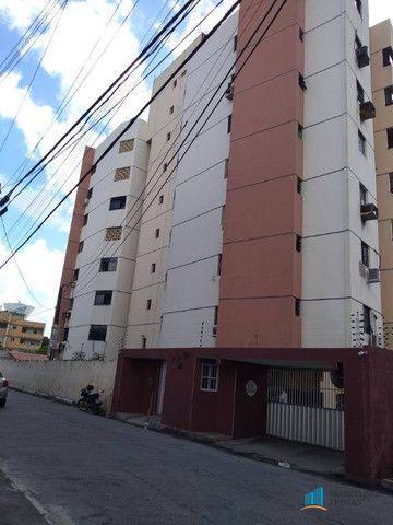 Apartamento com 3 dormitórios para alugar, 112 m² por R$ 999,00/mês - São Gerardo - Fortal