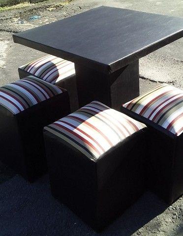 Jogo mesa com 4 puff 280$ entrega gratis  - Foto 3