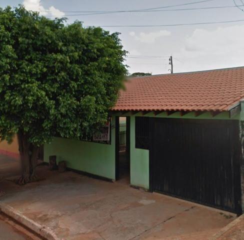 Vende-se Casa na Vila Popular,bem grande!!