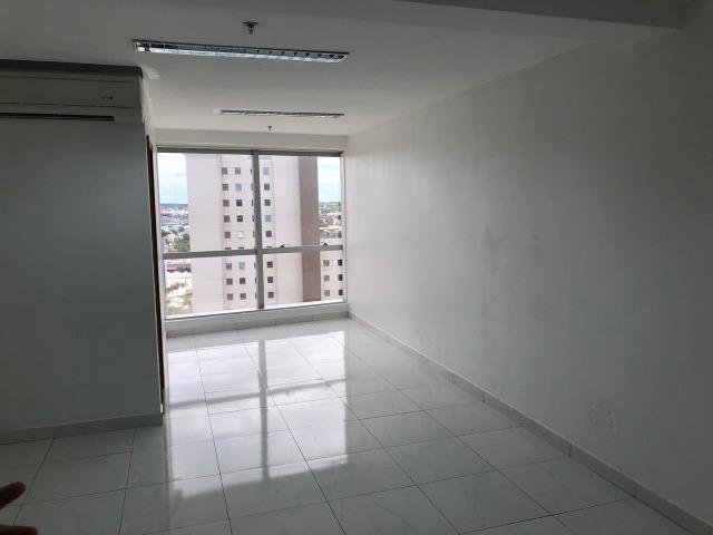 2 salas no Ed Atlantic Tower andar alto lado a lado chapada - Foto 10