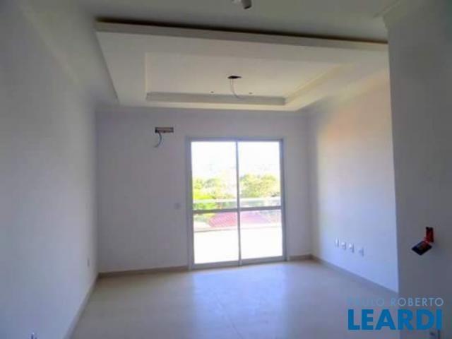 Apartamento à venda com 3 dormitórios cod:484223 - Foto 8