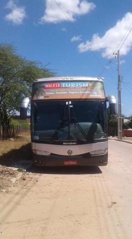 Ônibus Mercedes Benz Paradiso 51 passageiros