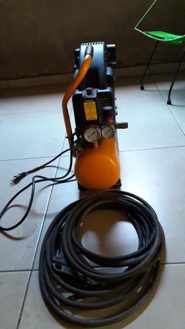 Compressor de ar e mangueira de alta pressão