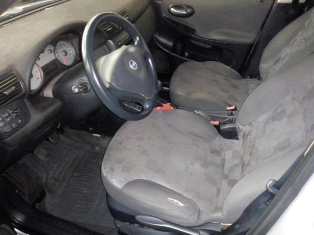 FIAT STILO 2003/2004 1.8 MPI 8V GASOLINA 4P MANUAL - Foto 3