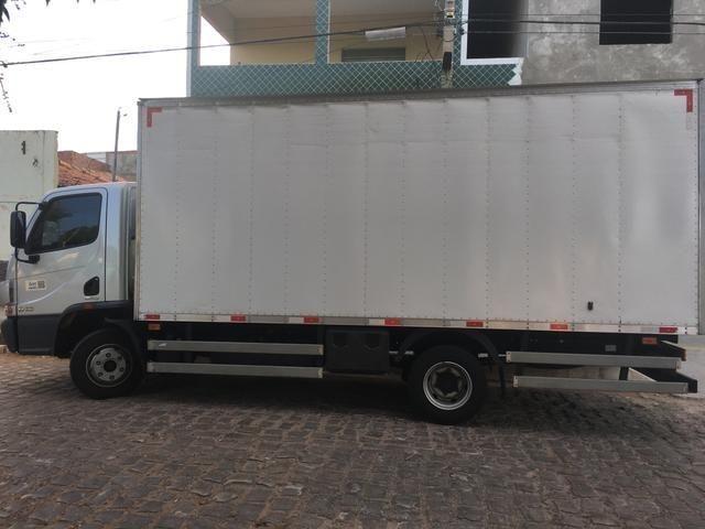 Caminhão Baú Accelo 815 Mercedes Benz - Foto 5