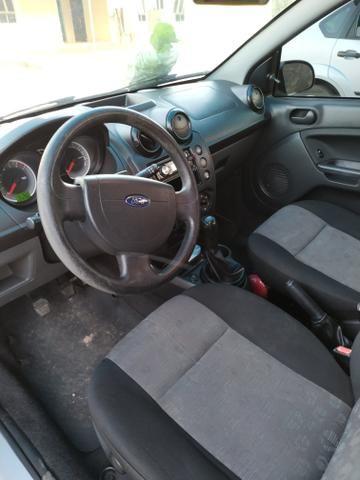 Fiesta Hatch 1.0 Rocam - Foto 2