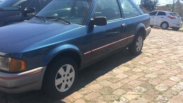 Vendo Ford escort - Foto 2
