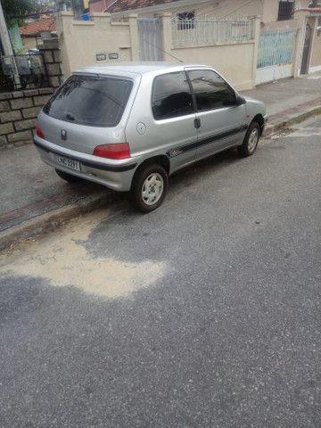 Peugeot 106 ano 2000  - Foto 4