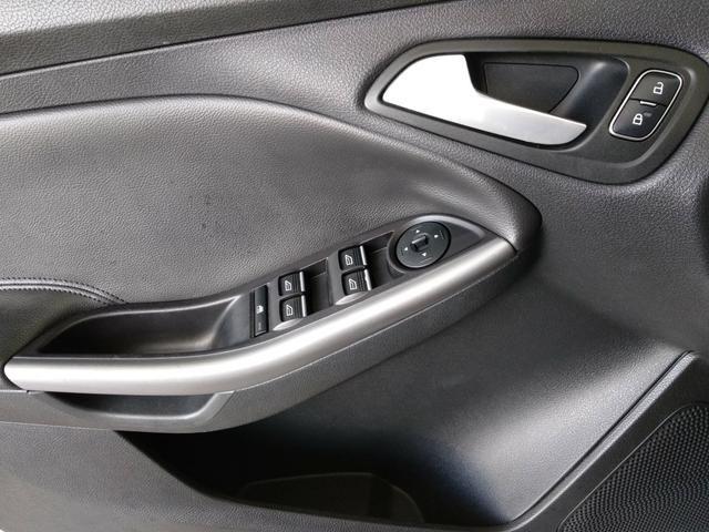 BAIXOU O PREÇO ! Ford Focus sedan se power shift 15/16 2.0 - Foto 7