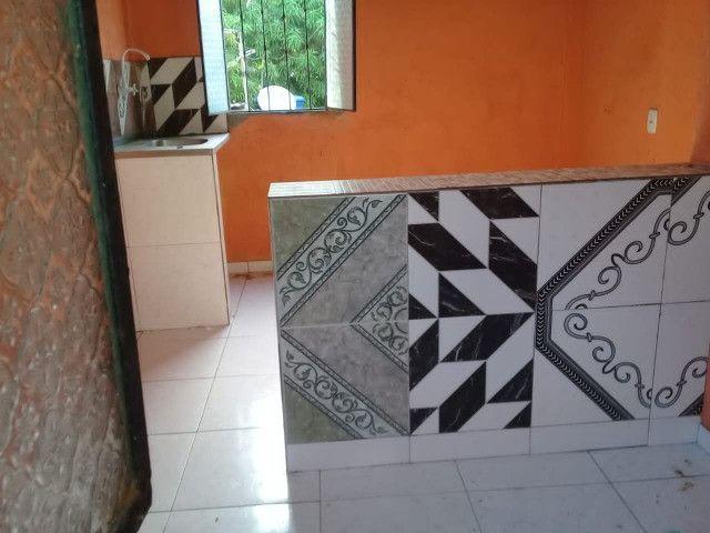 Armando Mendes casa de dois pisos, fica nos fundos de outra casa tem mais um apartamento - Foto 6